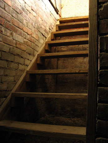 These old cellar stairs could be from yesterday or today. One click here keeps the magic in your summer..